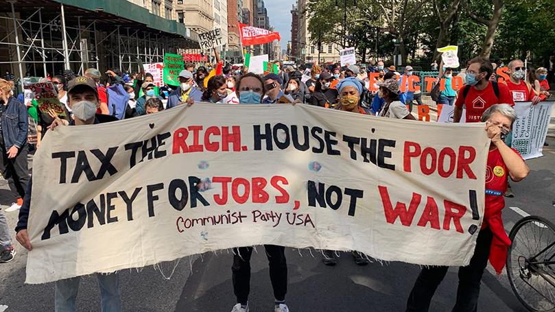 "NYC rally: ""Cancelar la renta!"""