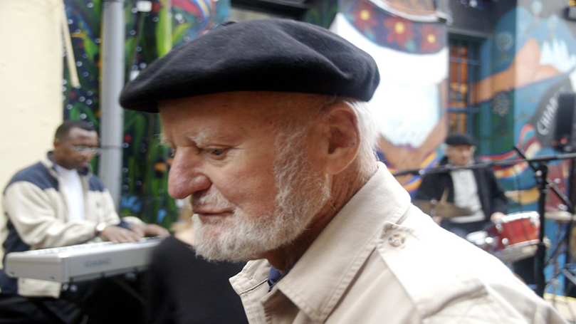 Lawrence Ferlinghetti, poet and veteran for peace